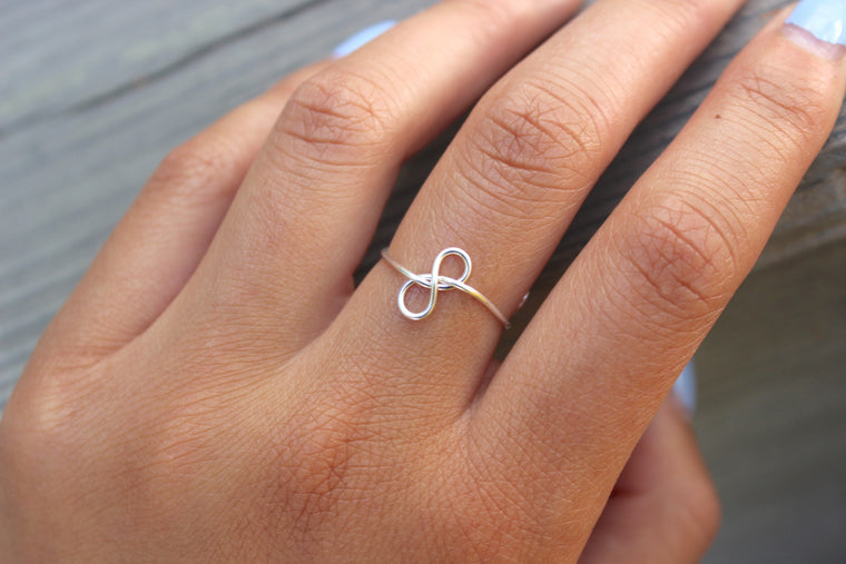 Sideways Infinity Knot Ring