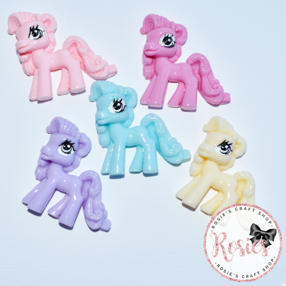 Pony Horse Resin Bow Embellishment - Rosie's Craft Shop Ltd