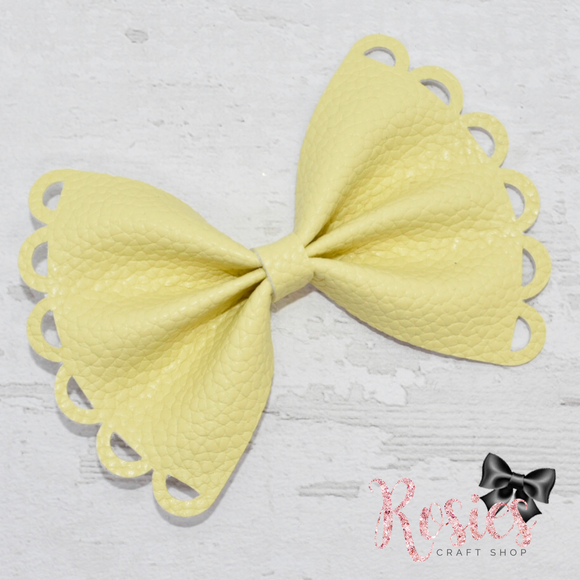 Charlotte Scalloped Pinch Bow Plastic Template