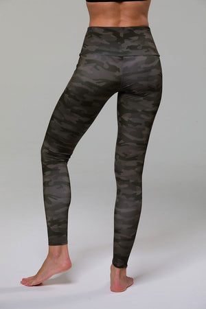High Rise Legging - Moss Camo - Onzie Flow
