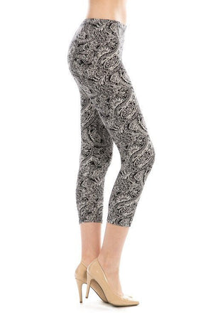 Black & White Vine Print Capri Legging - My Legwear Shop