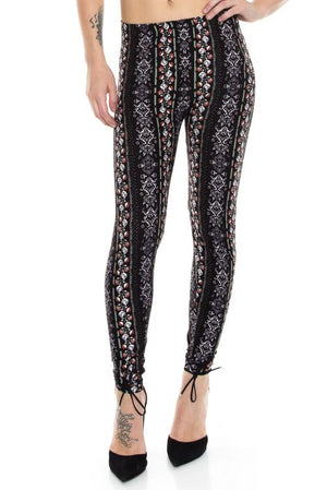 Floral Tapestry Soft Brush Leggings - J.Village by Always - My Legwear Shop
