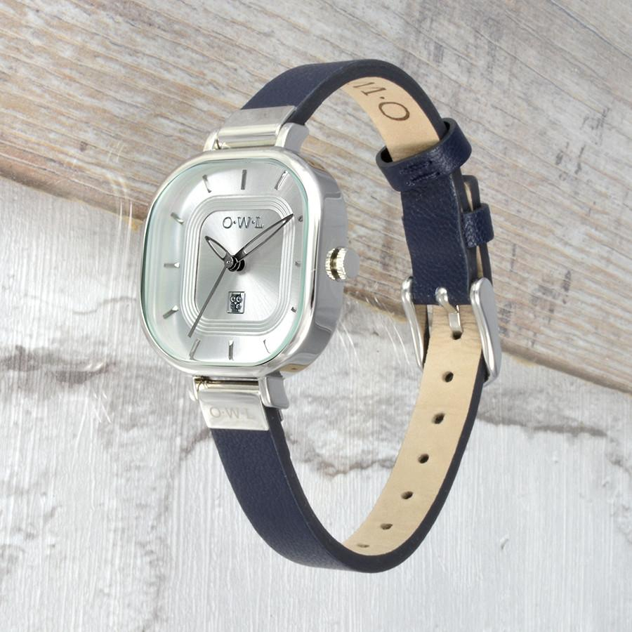 LINCOLN NAVY AND SILVER LEATHER STRAP WATCH