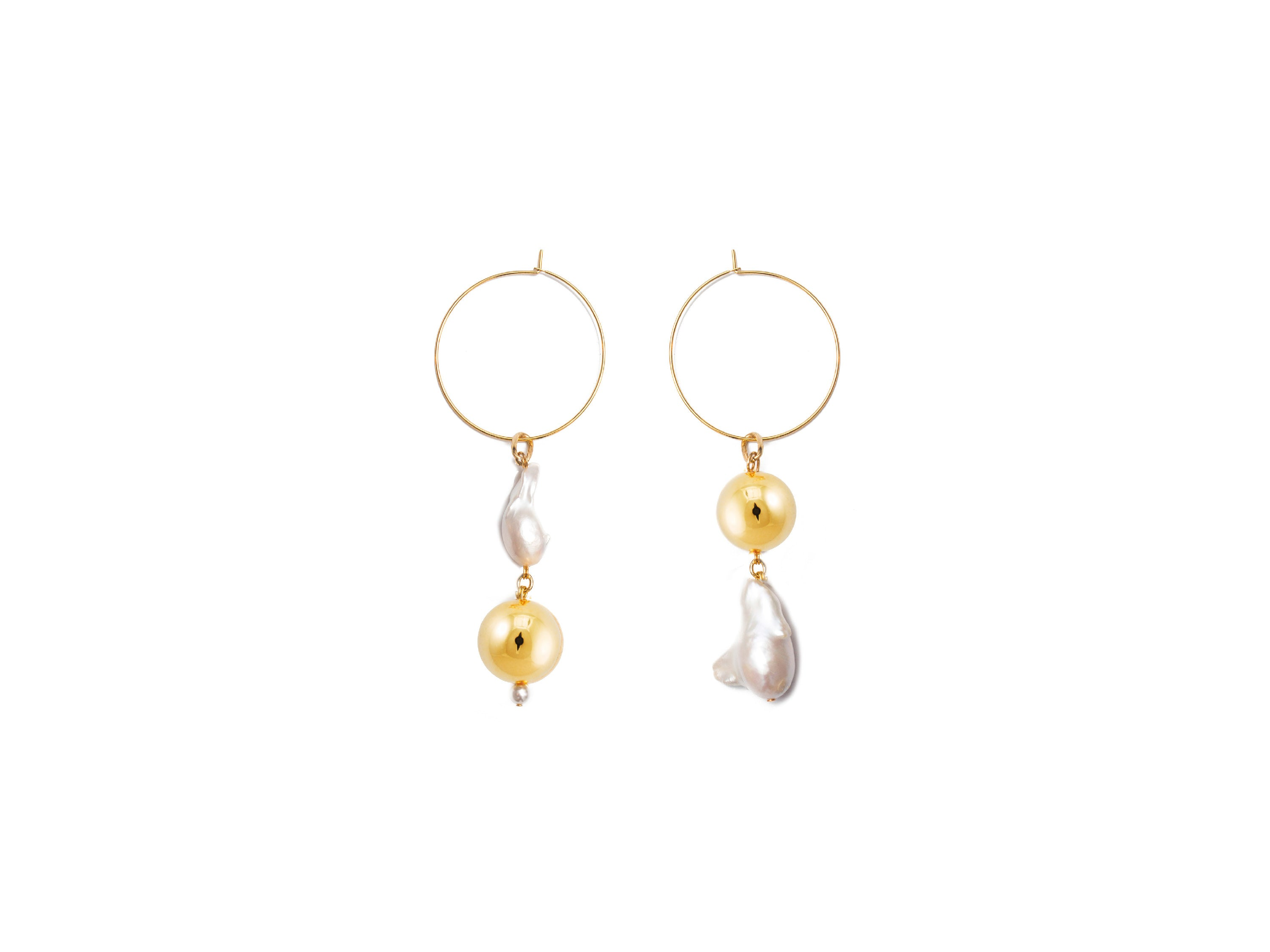 Pagoda Fruit Earrings / Gold