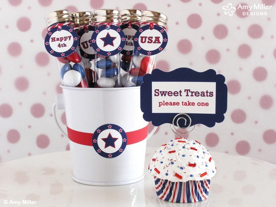 4th of July Cupcake Note Holder by Amy Miller Designs