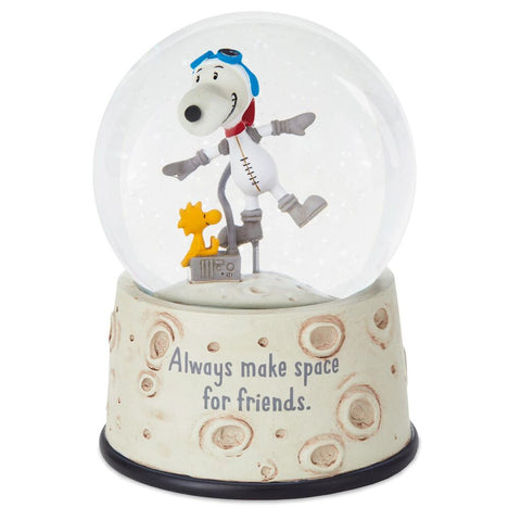 Hallmark Peanuts Make Space for Friends Astronaut Snoopy Snow Globe