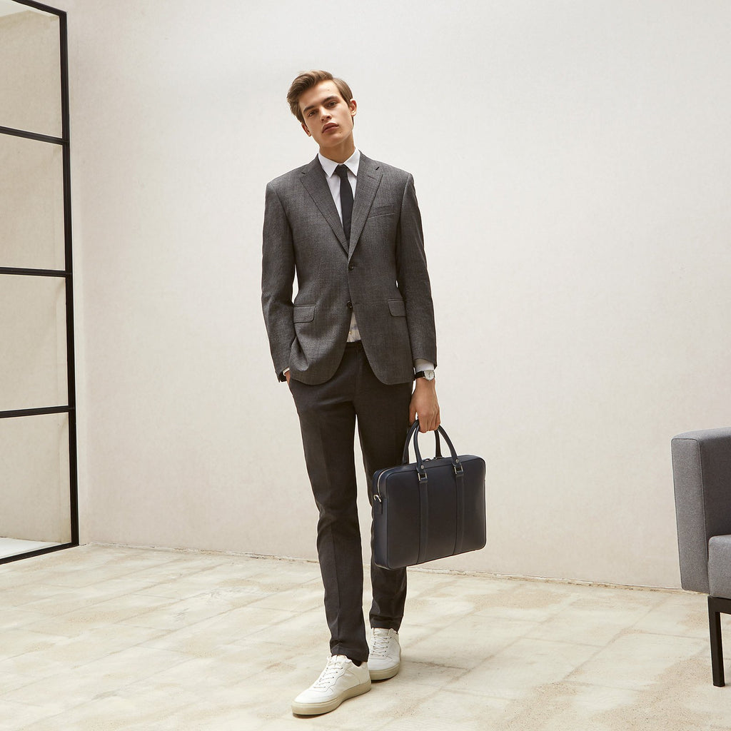 The Soft Briefcase Linjer