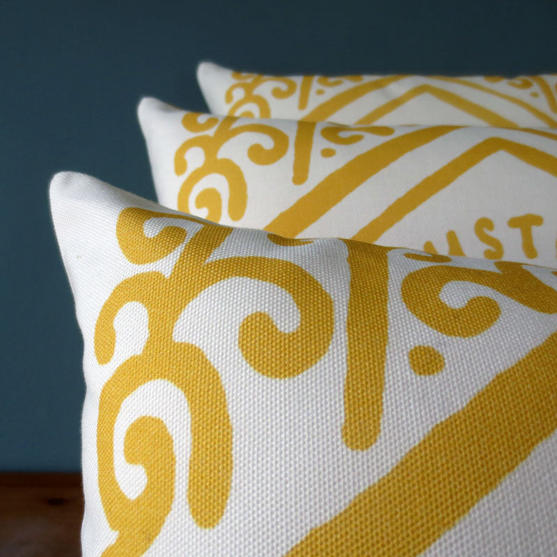 Classic Custard Cream Printed Cushion
