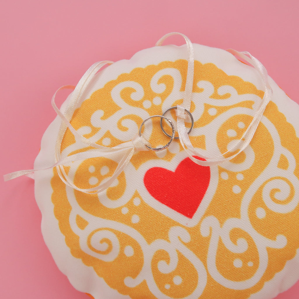 Jammy Heart Wedding Ring Pillow