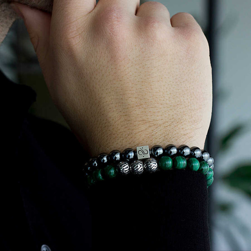 Classic Malachite, 8mm, Gold bracelet