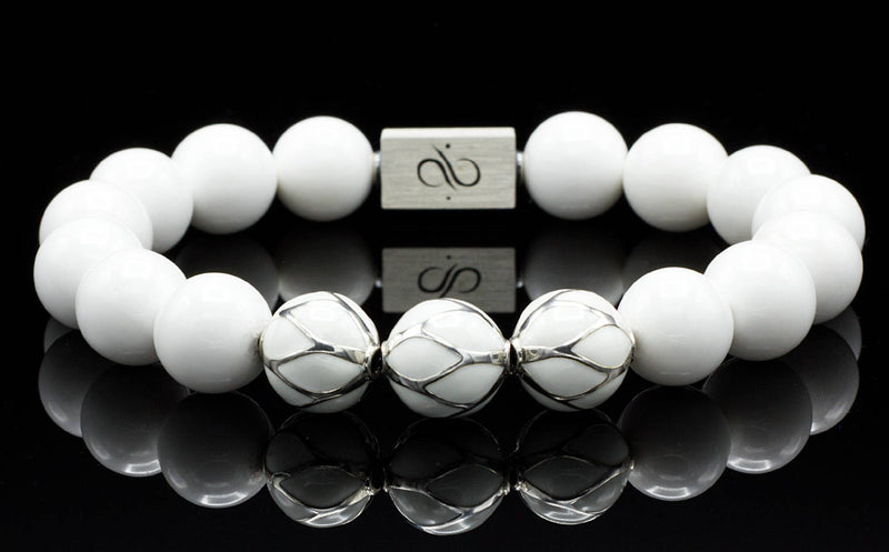 Bright White Tridacna, 12mm, Silver bracelet