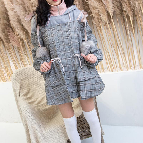 Pleated Shoulder-less Fur Balls Coat SD00725