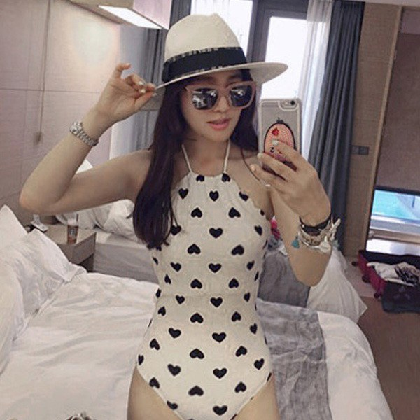 White and Black Heart Pattern Swimsuit SD00546