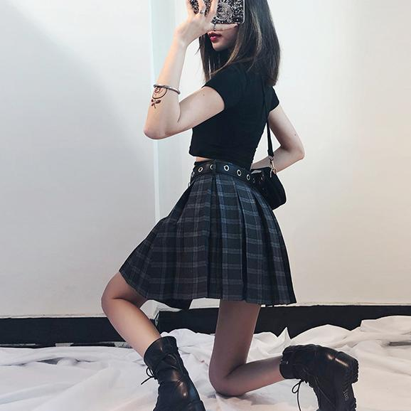 K-Pop Punk Plaid Skirt Black Short Belt SD00125