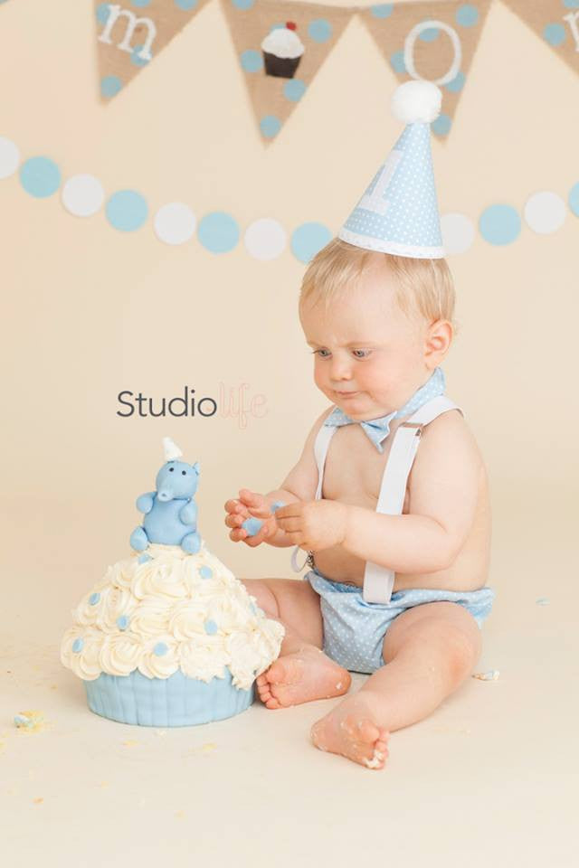 Boys Baby Blue spot Cake Smash Set - Bow Tie, Pants and hat age 12-18 months