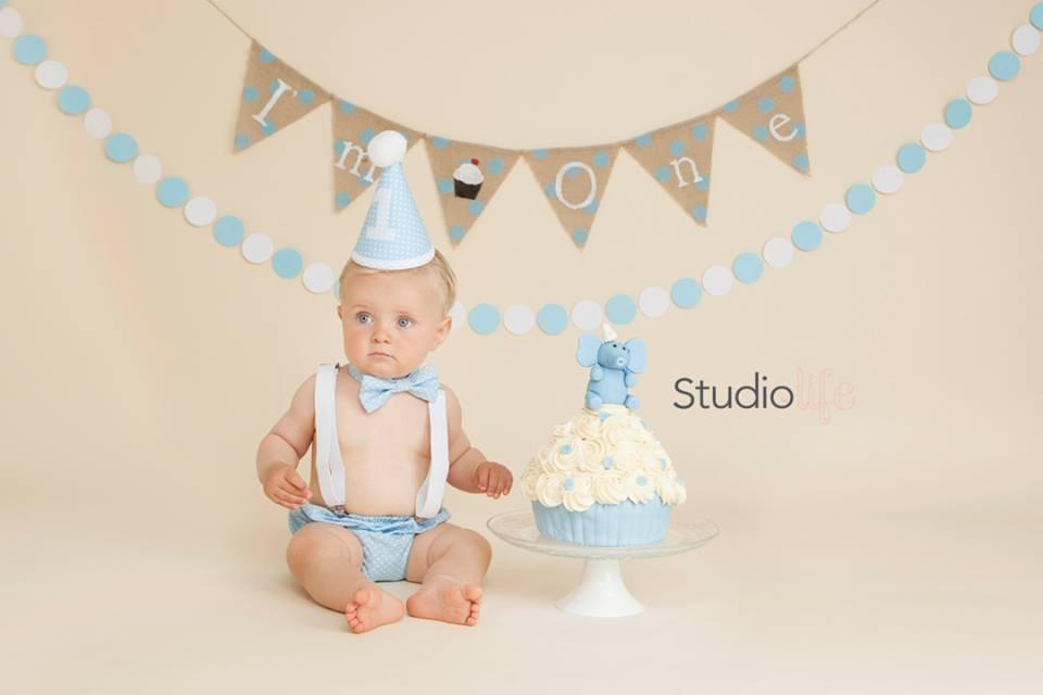 Baby Blue Spotty Cake Smash Set - Pants, Hat, Bow Tie, 12-18 mths - Photography - Ready To Post