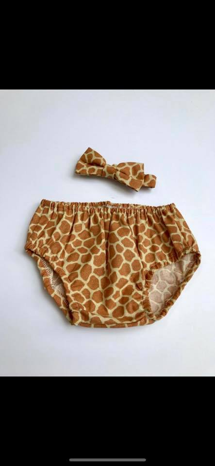 Boys Giraffe Cake Smash Outfit -Pants & Bow Tie - Age 12-18 mths - Ready to Post