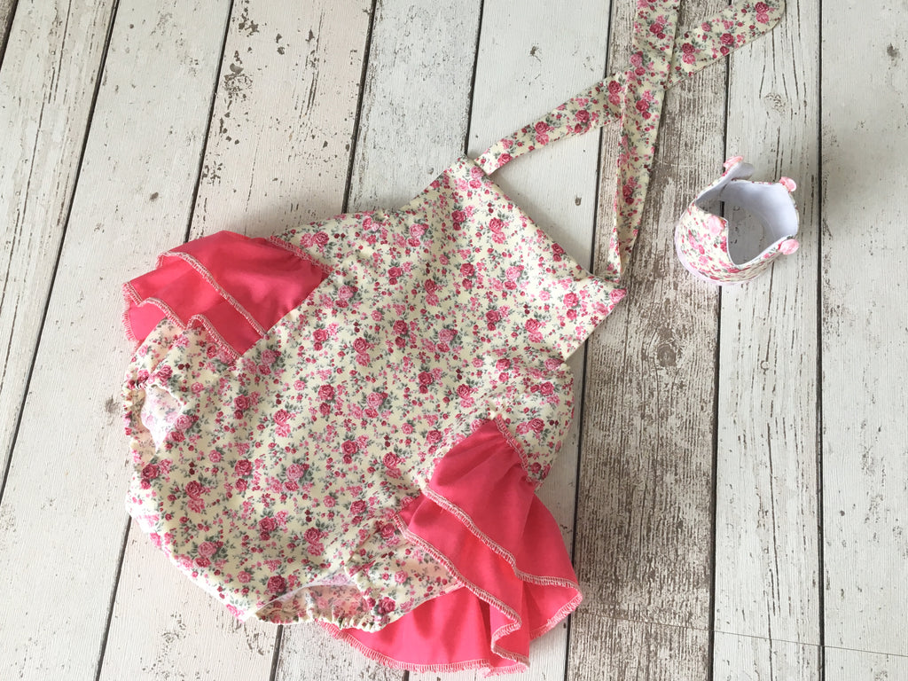 Girls Cake Smash Outfit - Flower Ruffle Romper and Crown - 12-18 mths - Photography