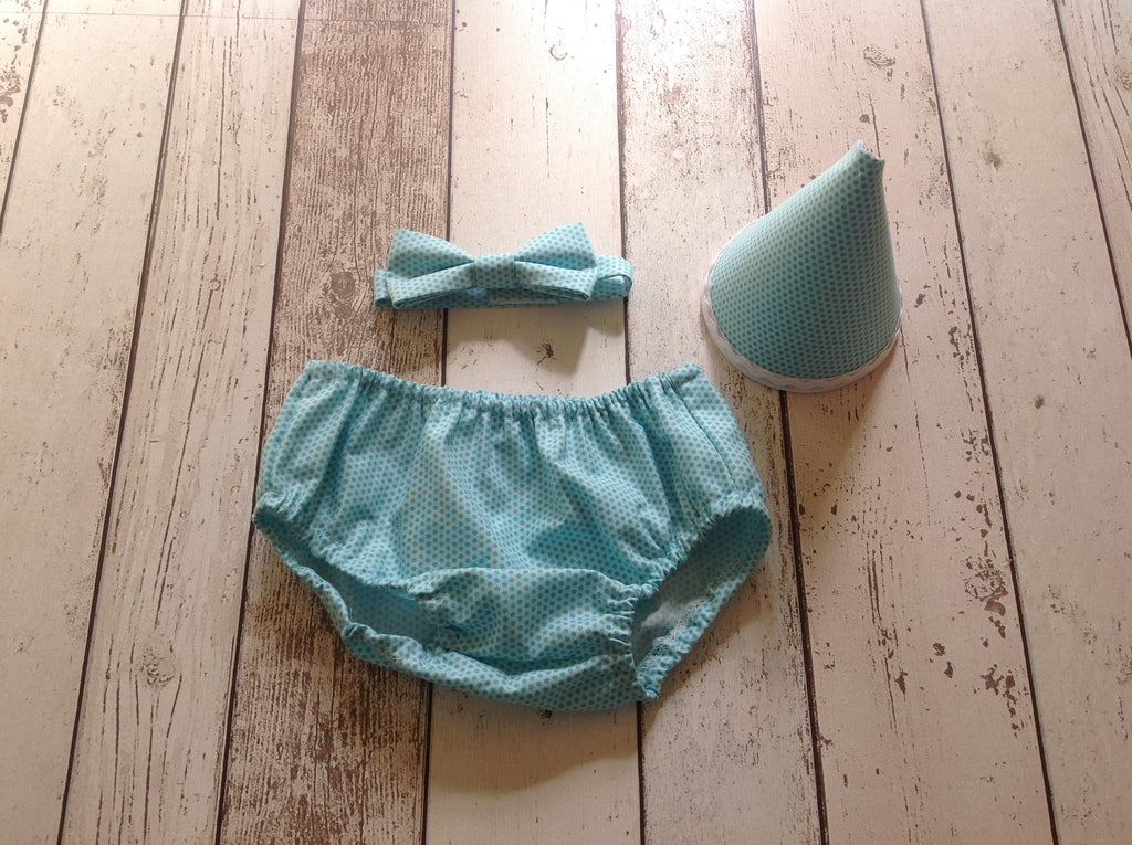 Mint Spot Cake Smash Set - Bow Tie, Pants and hat age 12-18 months