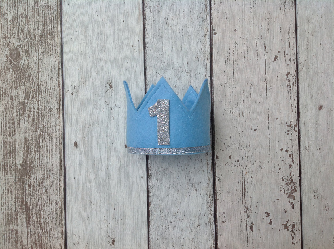 Boys Felt Crown And Bow Cake Smash Set