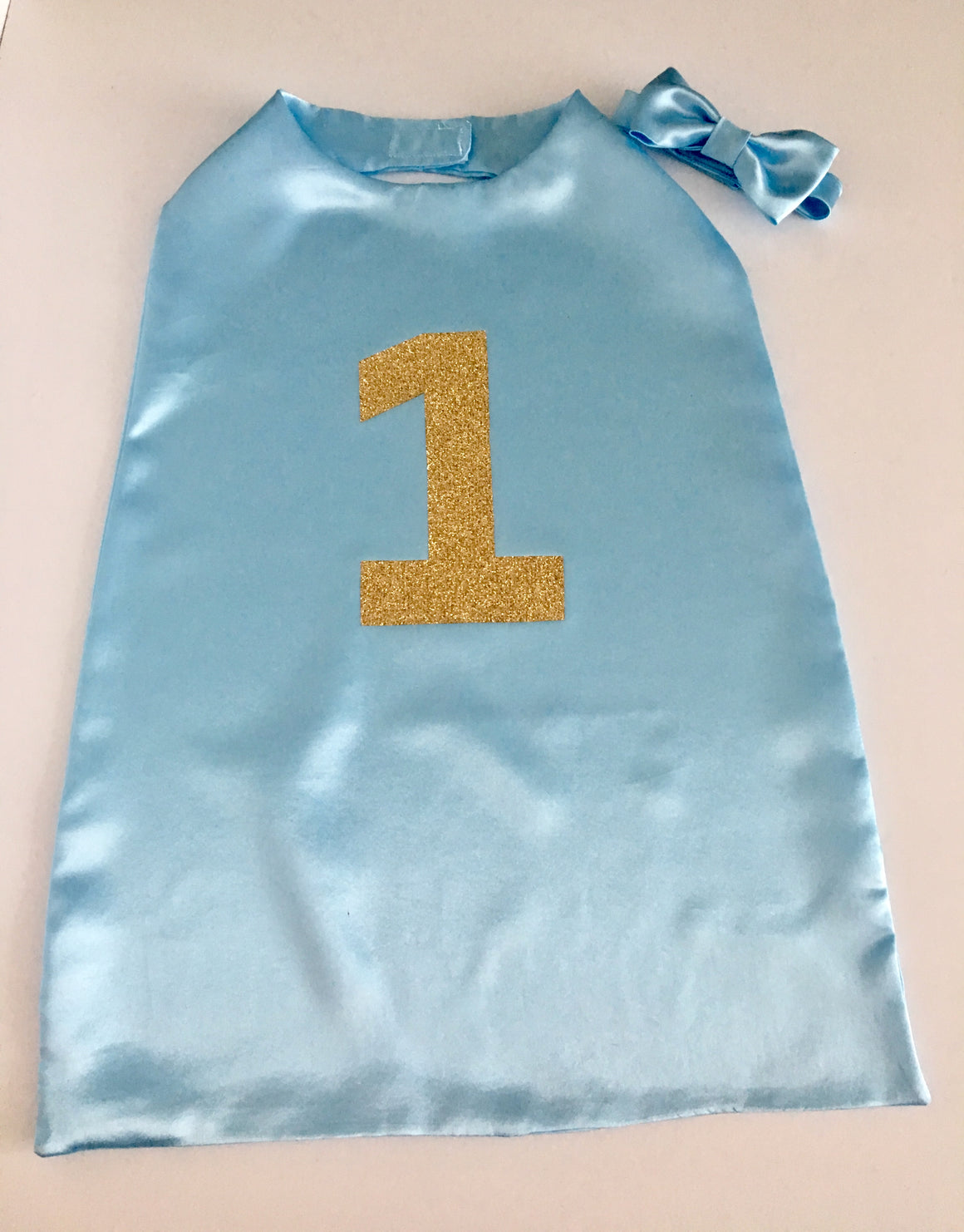 Boys Baby Blue Number One Cape and matching bow tie set - Cake Smash Outfit - Ready to post - photography