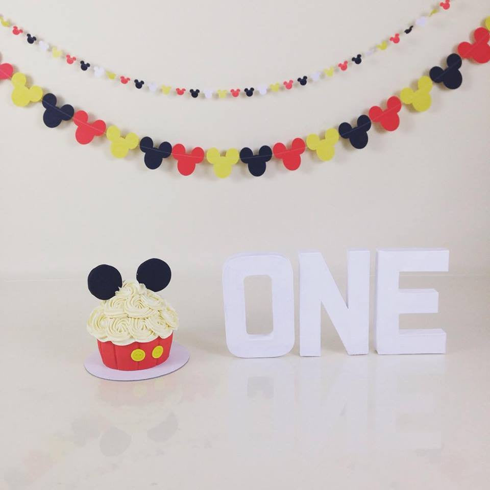 Mickey Mouse cake smash bunting