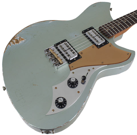 Novo Serus TC Guitar, Ice Blue Metallic, Gold Plexi