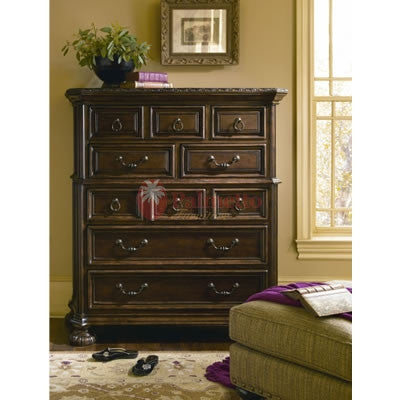 Universal Furniture Bolero Drawer Chest