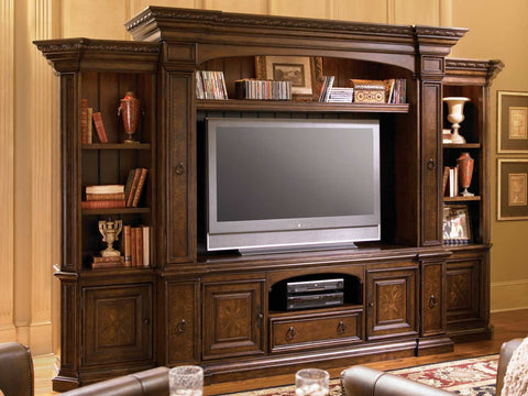 Universal Furniture Bolero Entertainment Console
