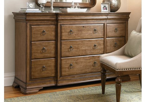 Universal Furniture New Lou Drawer Dresser