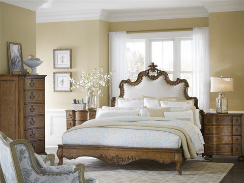 Biltmore Tyrolean Uphol CA King Panel Bed