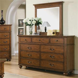 Riverside Oakmont 9-Drawer Dresser