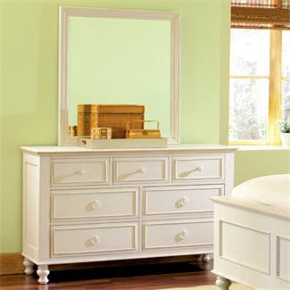 Riverside Placid Cove 7-Drawer Dresser