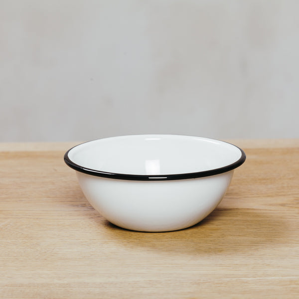 Crow Canyon Cereal Bowl White With Black Rim