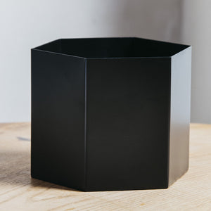 Ferm Living Hexagon Pot Extra Large Black