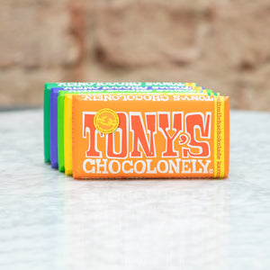 Tony's Chocolonely Tony's Chocolonely Chocolate Bar Milk Chocolate 32% - Caramel Sea Salt