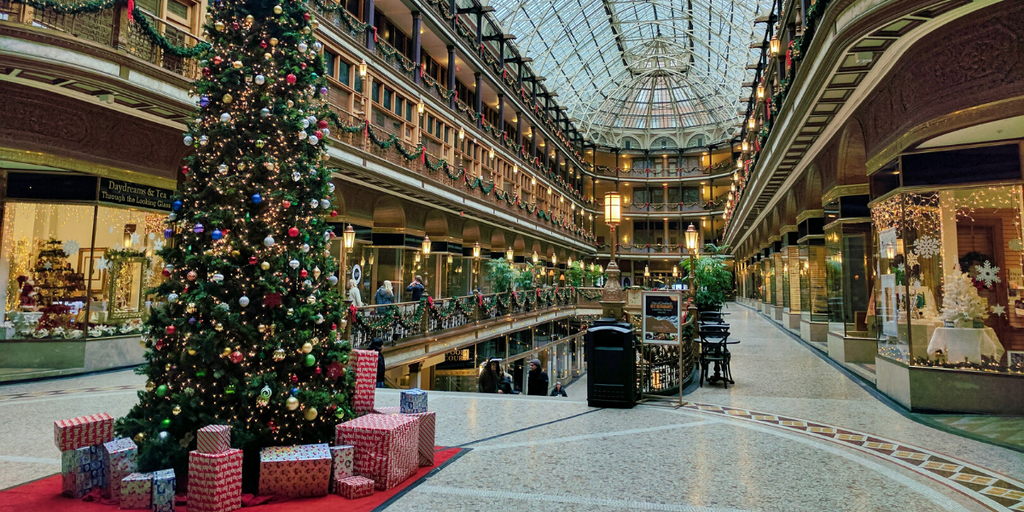 9 Surefire Ways to Relax While Holiday Shopping