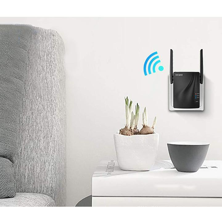 update alt-text with template Daily Steals-WiFi Range Extender - 750Mbps-Home and Office Essentials-