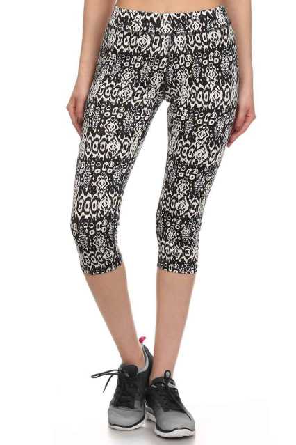 Women's Abstract Print Capris Performance Leggings - 2 Pack-Daily Steals