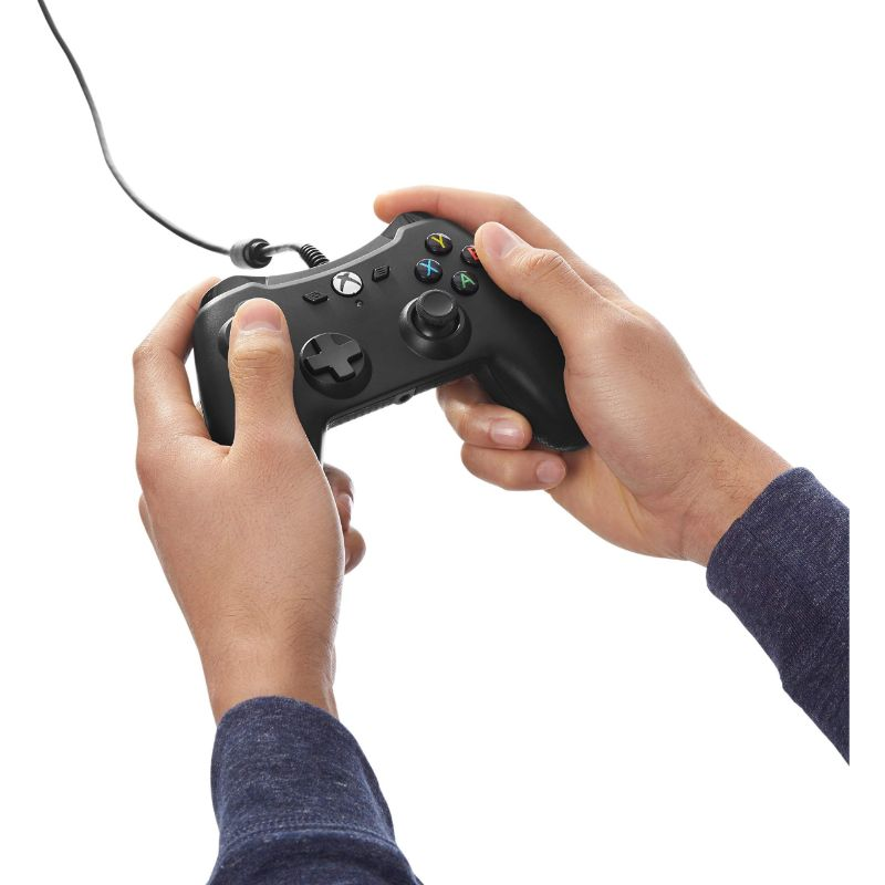 AmazonBasics Xbox One Wired Controller with 9.8ft Cable-Daily Steals