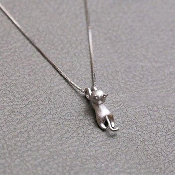 Climbing Cat Pendant Necklace-Daily Steals