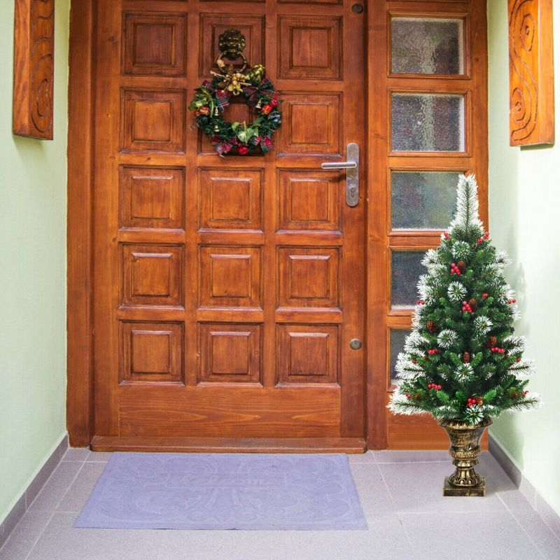 4 Foot Snowy Entrance Christmas Tree