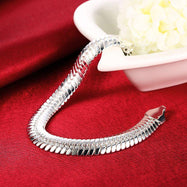 Flat Herringbone Chain Bracelet Plated in 18K White Gold-Daily Steals