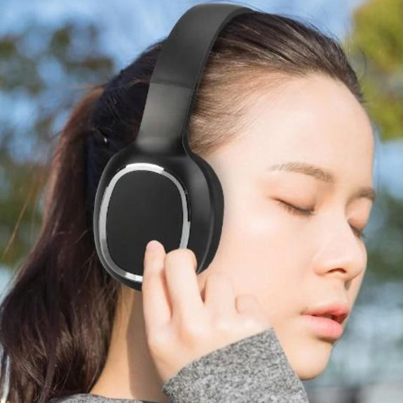 Laud Over-the-Ear Wireless Bluetooth Headphones-Daily Steals
