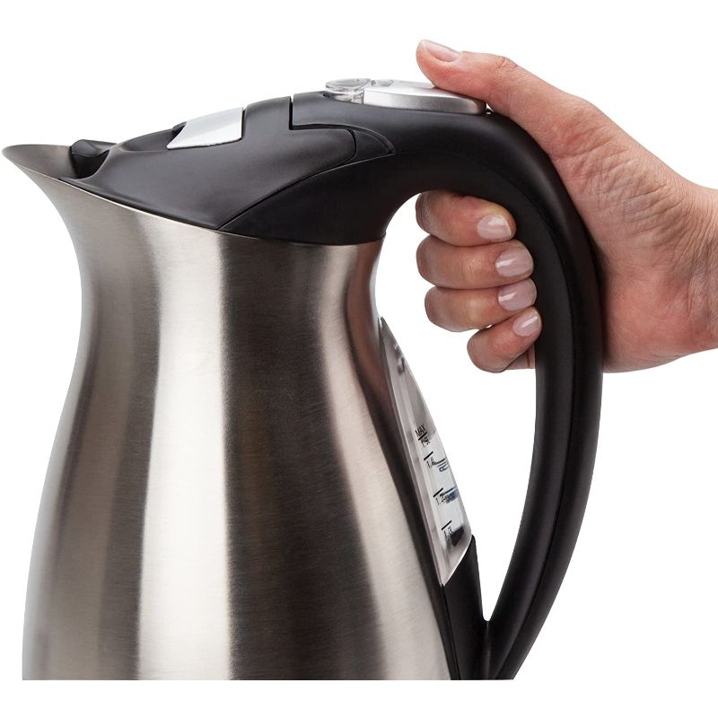 Oster 1-1/2-Liter Electric Water Kettle Stainless Steel