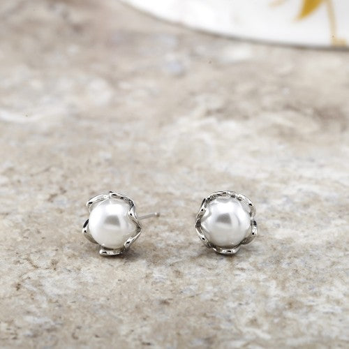 Beautiful Freshwater Pearl Stud Earrings-Daily Steals