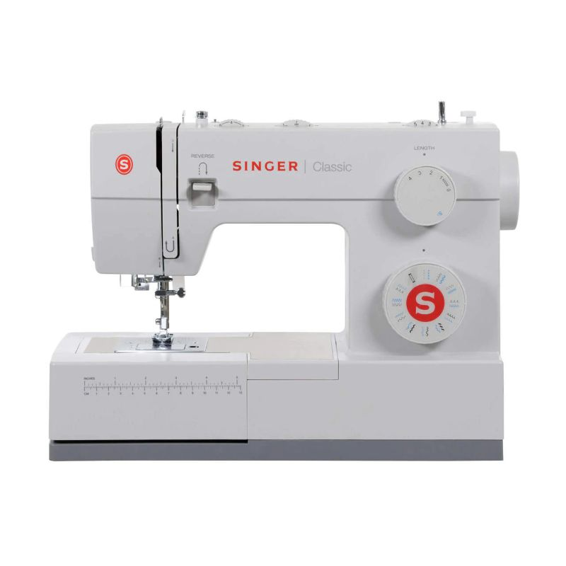 Singer Sewing Machine CLASSIC 44S with 23 Built-in Stitches-Daily Steals