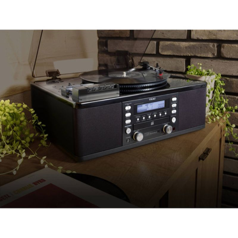 Teac Turntable w/ USB, CD Recorder, Cassette Deck & AM/FM Tuner-Daily Steals