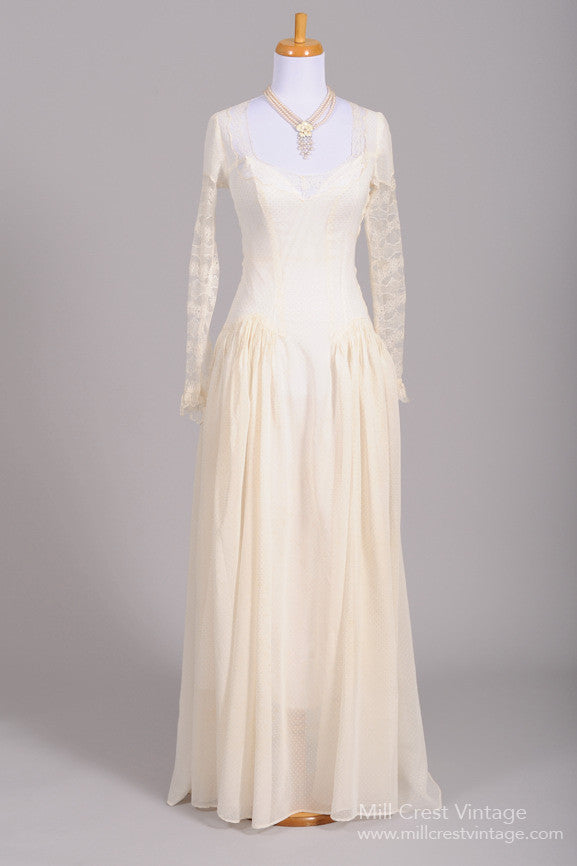 1940 Dotted Swiss Lace Vintage Wedding Gown - Mill Crest Vintage