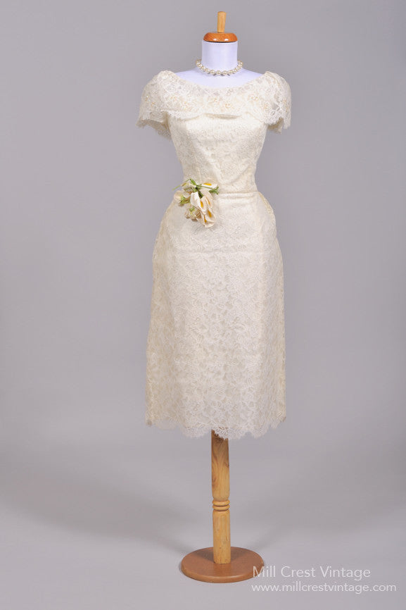 1950 Scalloped Lace Vintage Wedding Dress - Mill Crest Vintage